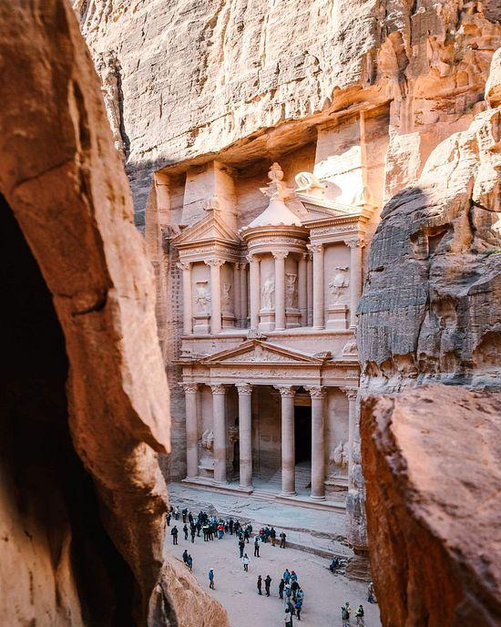 """📌""""Ciudad Rosa del desierto"""": Qué ver en Jordania además de Petra published in Un Lugar en el Mundo ✈ 3.200"""