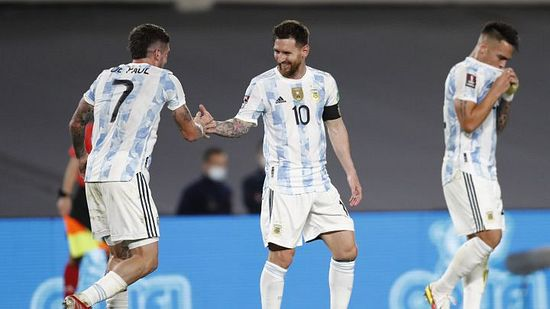 Argentina baila sabroso a Uruguay y avanza a paso firme published in Deportes