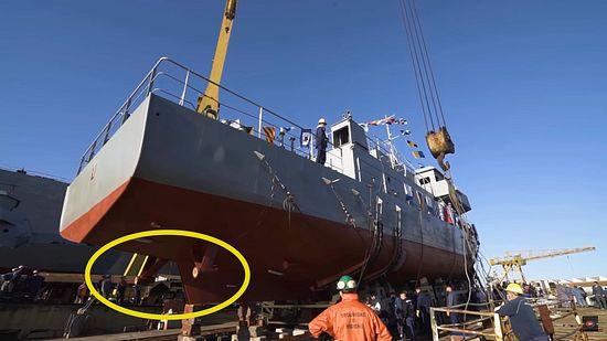 Desesperados: Kicillof boto una lancha de la Armada sin terminar published in Offtopic